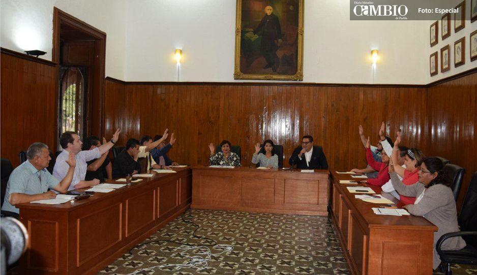 Cabildo de San Pedro hace de las suyas, aprueba doble bono y salida de Molina