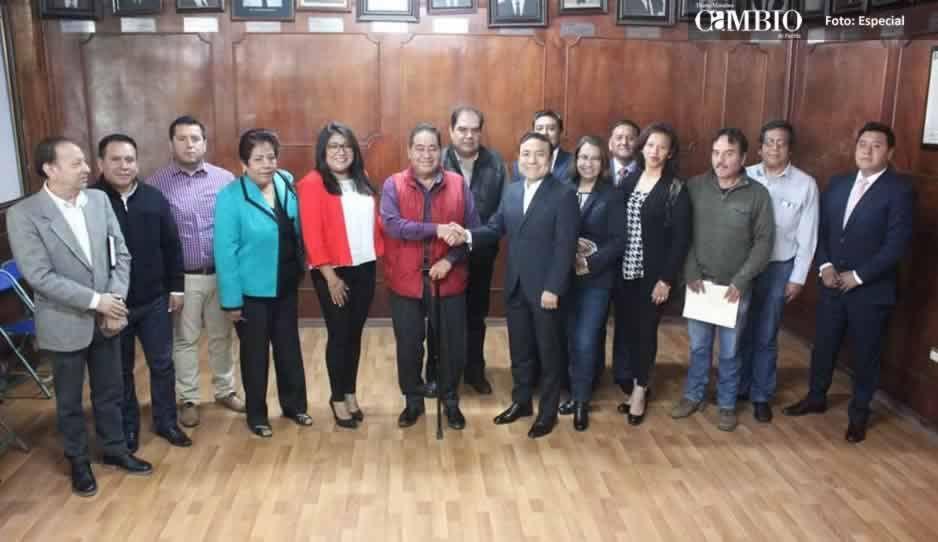 No heredaré deuda pública ni saldos pendientes: alcalde de Amozoc tras primer encuentro con autoridades electas