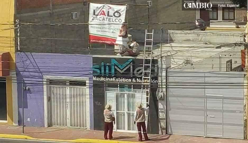 Candidato del PRI acusa que el Ayuntamiento de San Pedro retira sus lonas