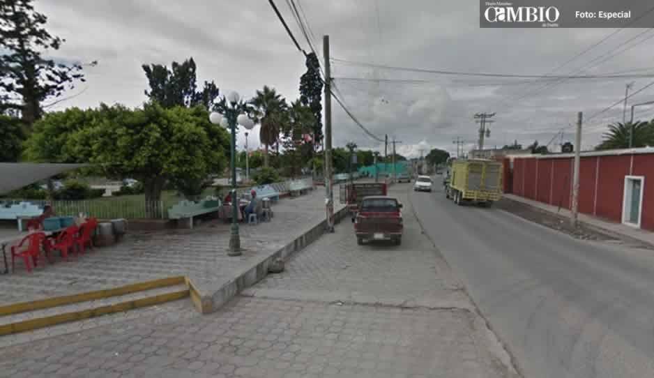 Grupo armado roba camioneta con cuatro tripulantes en la carretera La Colorada-Tepexi de Rodríguez