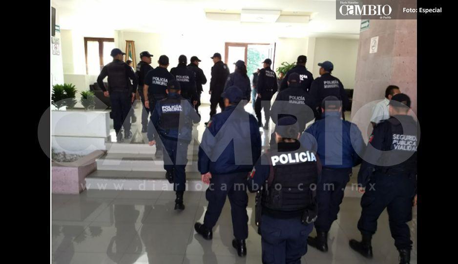 Policías Municipales exigen la destitución del director de Seguridad Pública en Atempan