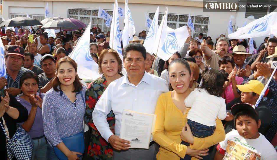 Se registra Raúl de Ita para alcalde de Amozoc