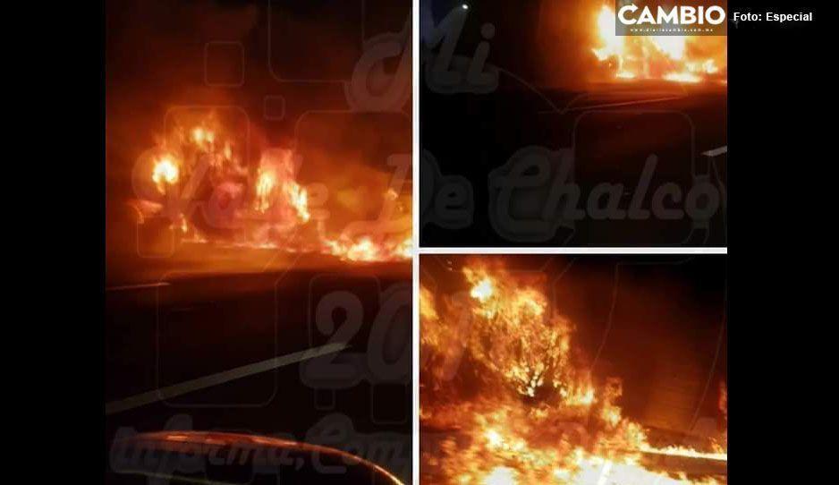 Se incendia tráiler en la México-Puebla