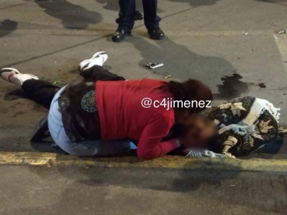 Dos menores acribillan a policía en intento de asalto en Iztapalapa