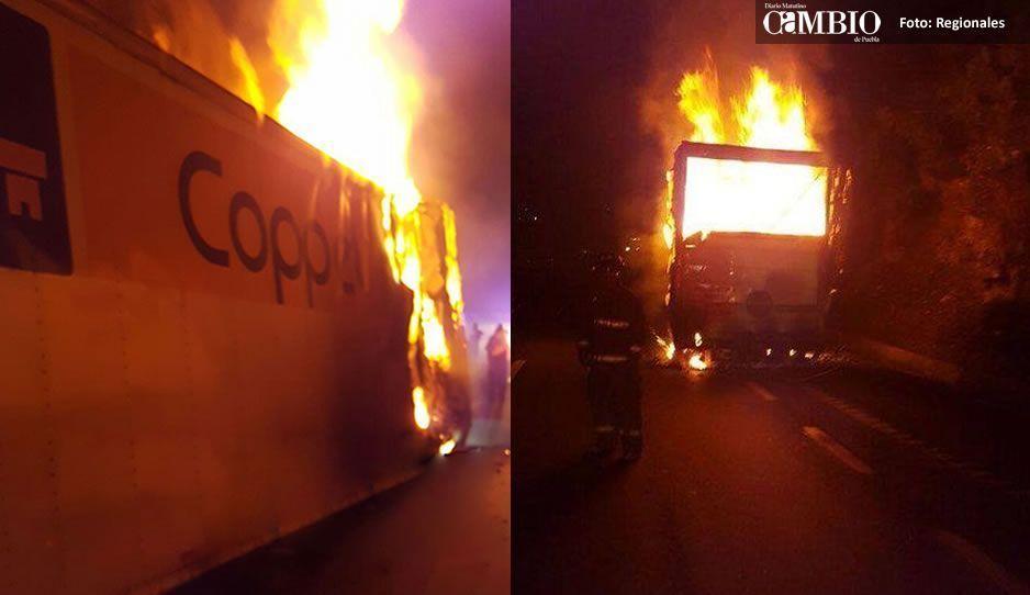 Arde en llamas camión de Coppel en la México-Puebla