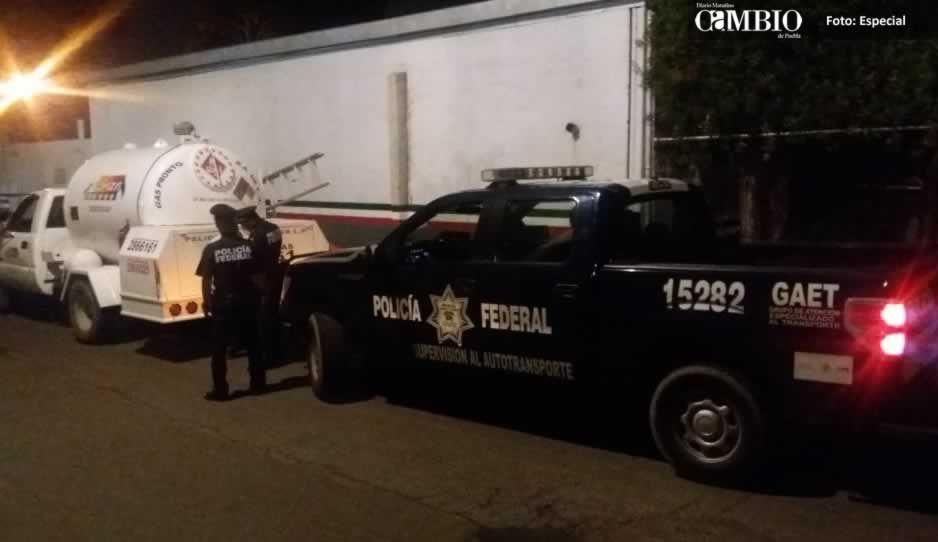 Detiene a sujeto con Gas LP de dudosa procedencia sobre la México-Puebla