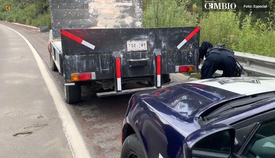 Detienen a dos personas con huachicol en la México-Puebla