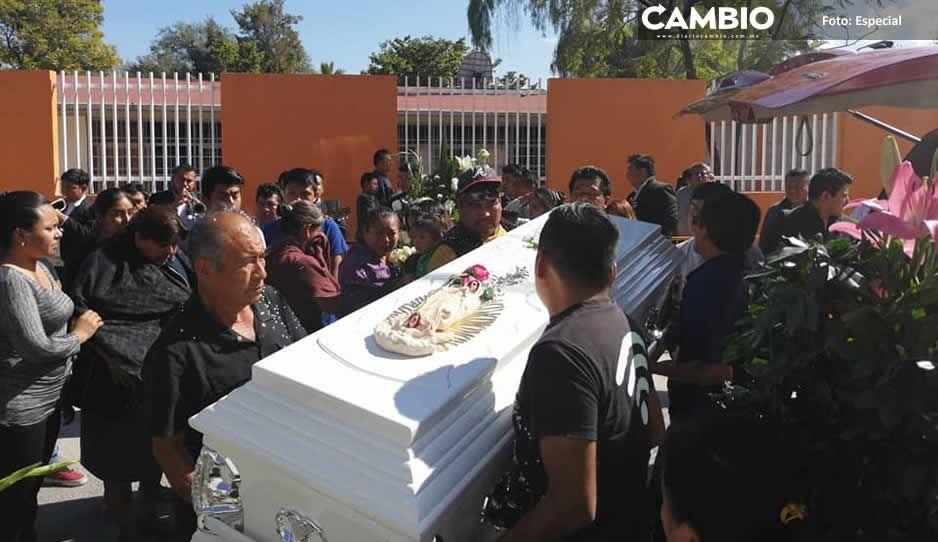 Sepultan en Miahuatlán a Héctor  Baltazar, asistente de Moreno Valle