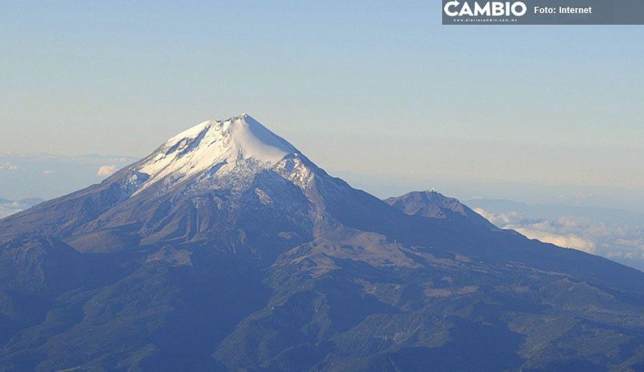 Reportan alpinistas lesionados en el Citlaltépetl, están en espera de ser rescatados