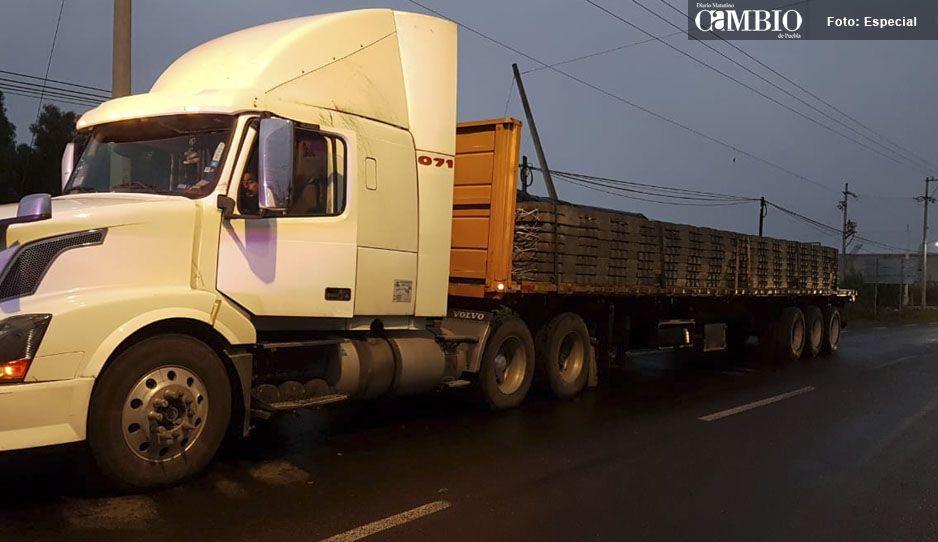 Continúan recuperando unidades de carga pesada en Tecamachalco en menos de 24 horas ya suma tres