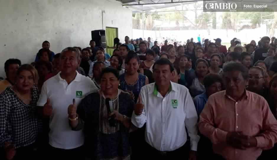 Trabajadores del Ayuntamiento de Tehuacán apoyan a Pedro Tepole para presidente