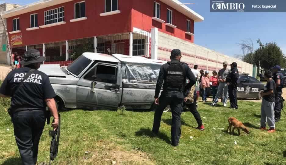 Vecinos y policías estatales impiden que huachicoleros recuperen unidad asegurada en Tlahuapan