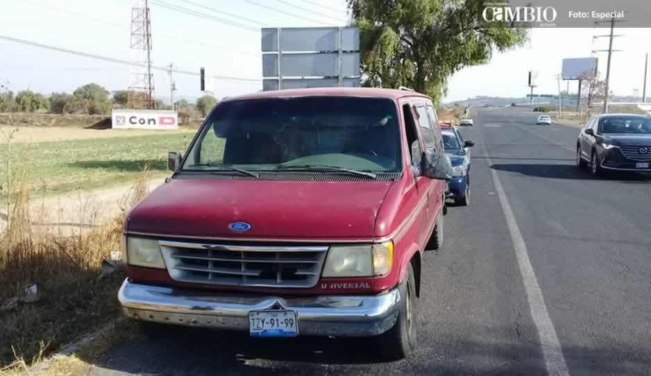 Policía Federal asegura unidad con huachicol en Huejotzingo