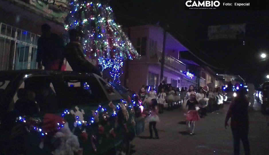 Espíritu navideño desata caos vial durante hora y media en Necaxa