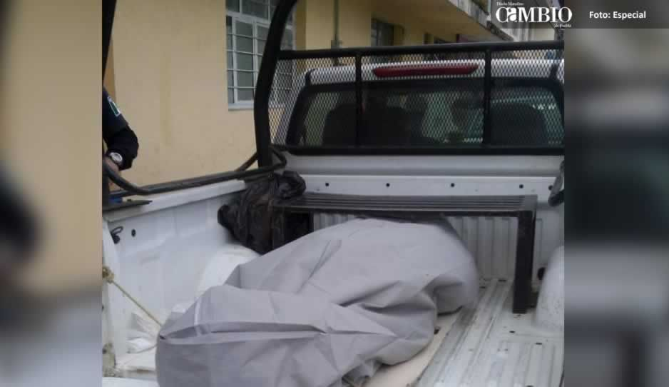 Rateros matan a puñaladas a vecino de Teziutlán dentro de su casa
