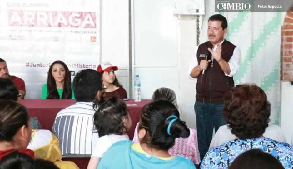 Arriaga dice que tiene más experiencia política y profesional que José Juan