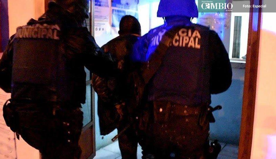 Policías evitan linchamiento de un ladrón de ganado en Tlatlauquitepec