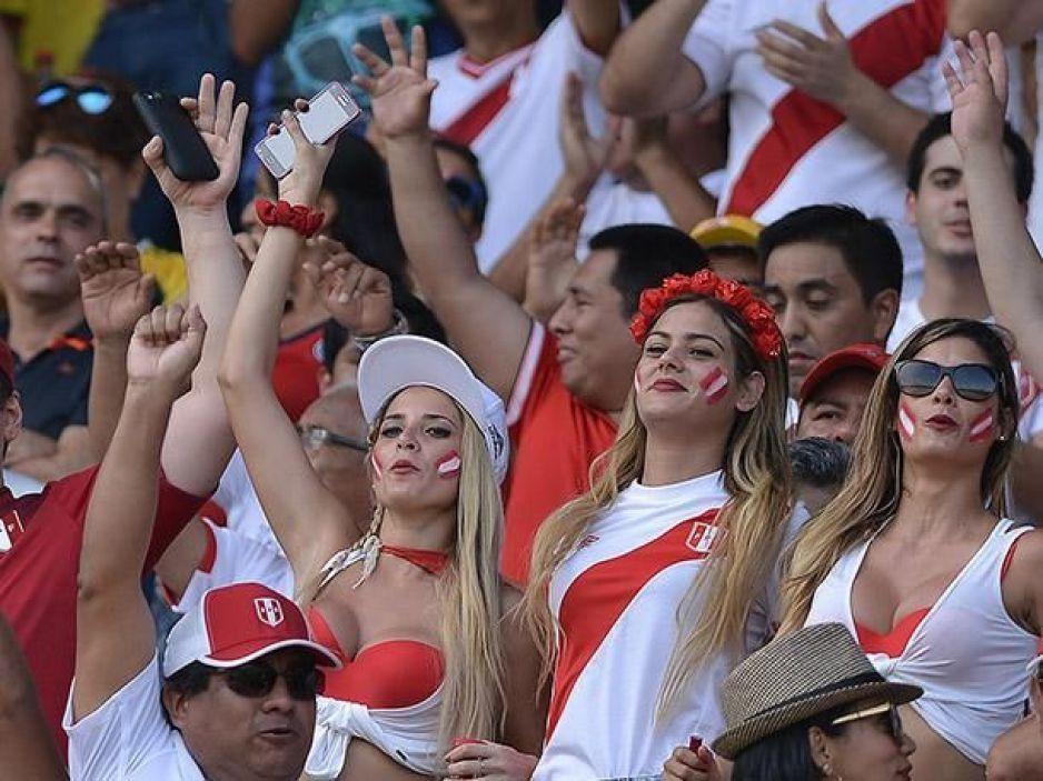 FIFA pide a televisoras no enfocar mujeres atractivas durante partidos