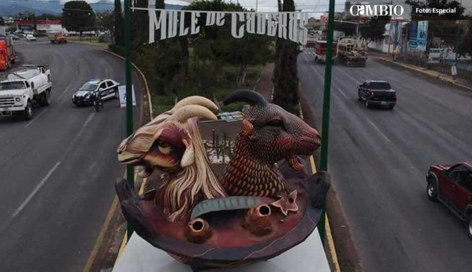 Tehuacán tiene su monumento al chivo: Patjane inaugura obra que representa el Mole de Caderas
