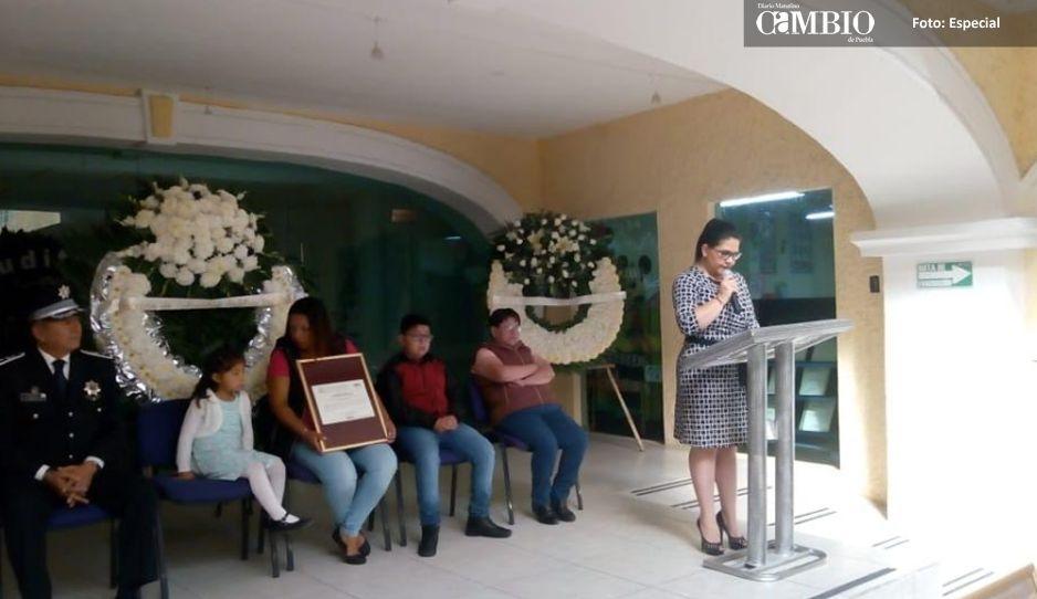 Gobierno de Texmelucan apoyará a la familia de oficial caído