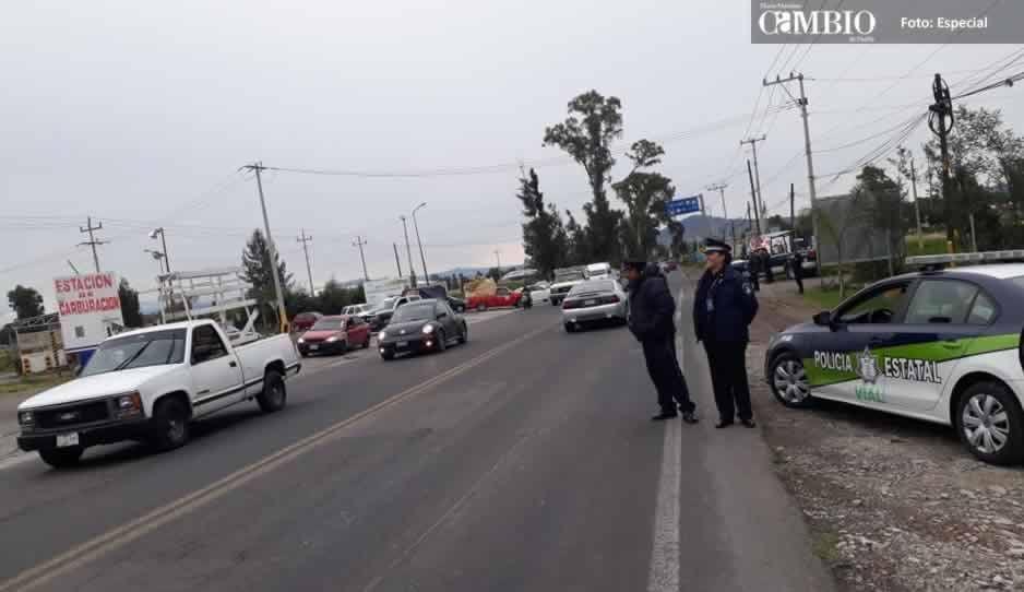 Tianguistas de Texmelucan acusan a elementos de Seguridad Vial Estatal de extorsionarlos