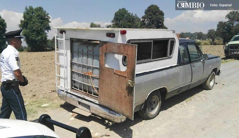 Policía federal asegura unidad con combustible en Tlalancaleca