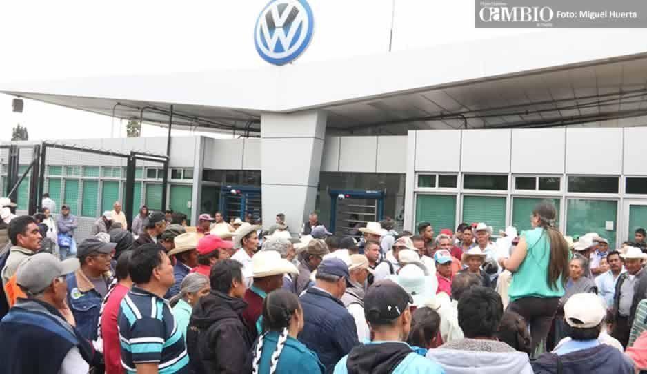 Volkswagen se niega a indemnizar a campesinos afectados, asegura que no le compete hacerlo