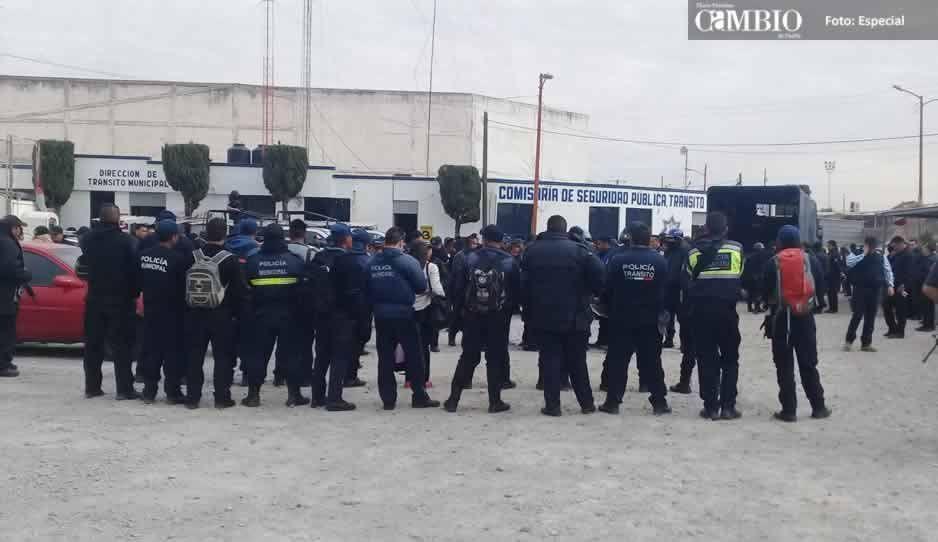 Liberan a ocho policías de Texmelucan que fueron detenidos en mayo
