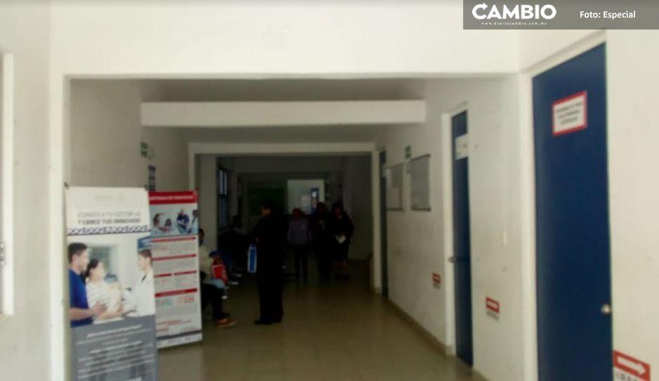 A gritos Layón despide a médico dejando sin servicio a 25 mil habitantes de Texmelucan