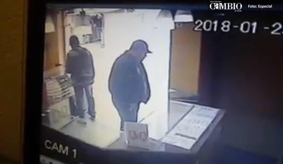 Sujetos armados roban charolas con joyas en Texmelucan