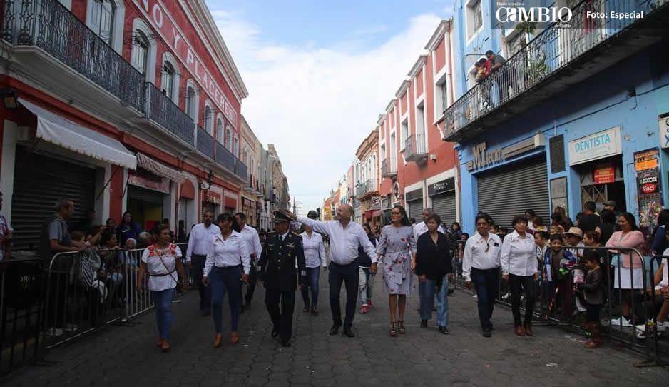 Más de 5 mil personas participaron en el desfile conmemorativo del 16 de septiembre en Atlixco