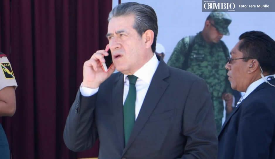Diódoro en diálogos para que abran el paso en la Amozoc-Perote