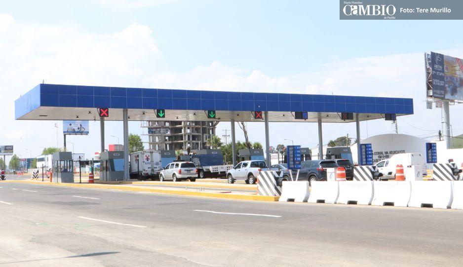 Manifestantes de Cacalotepec dan paso libre en caseta a Atlixco