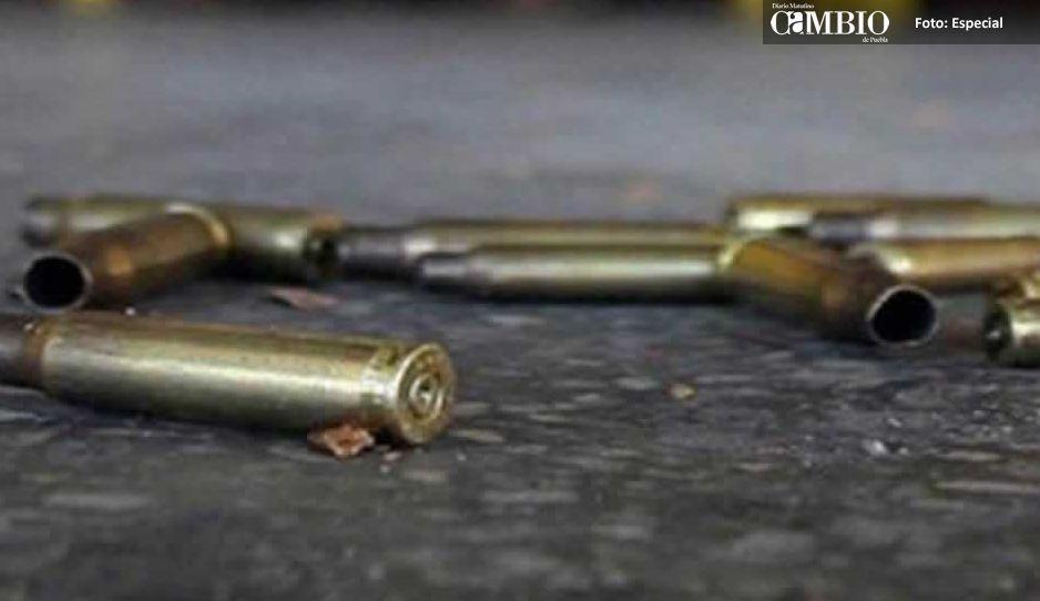 Matan a hombres de un impacto en la mejilla en Metepec