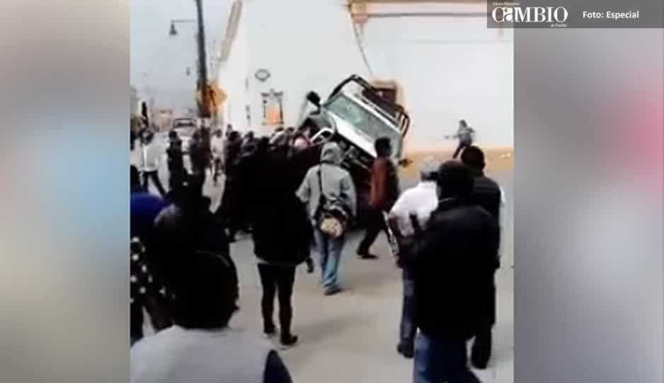 Libera CES a personas retenidas en la alcaldía de Ixtenco