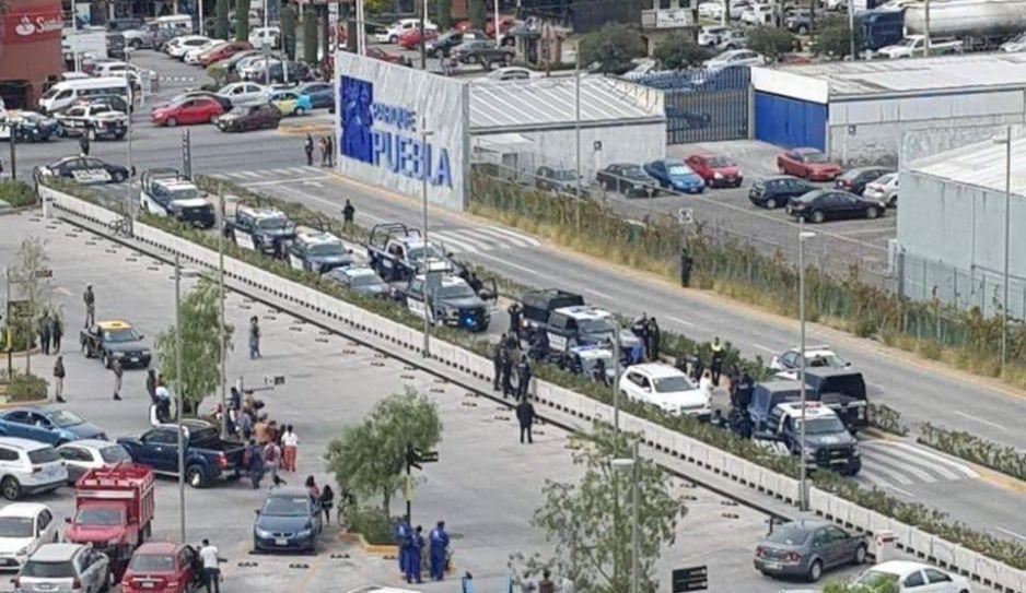 Levantan a taxista frente al Mercado Ignacio Zaragoza
