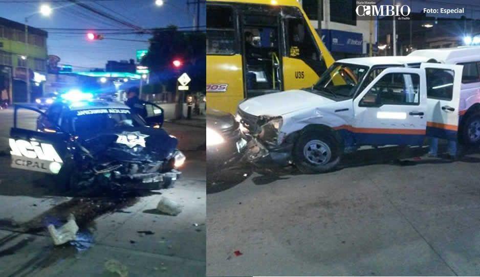 Choque entre patrulla y camioneta de Televisa en la 31 poniente deja 4 lesionados (VIDEO)
