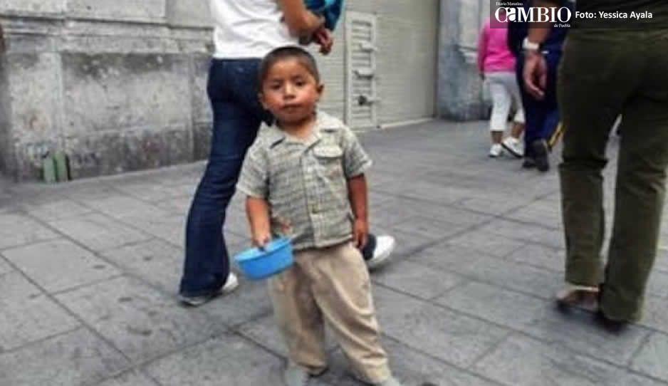 Franeleros de Atlixco explotan a niños: los obligan a pedir limosna a turistas