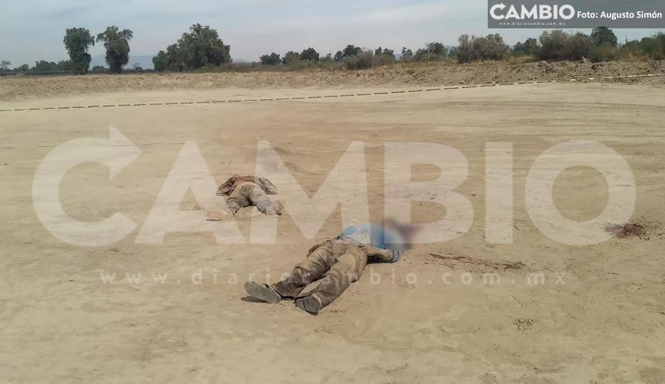 Encuentran dos hombres ejecutados en terreno baldío de Tecamachalco