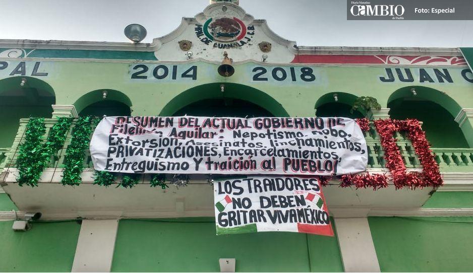 Repudian en festejos a sus ediles en  San Andrés Cholula y Juan C. Bonilla