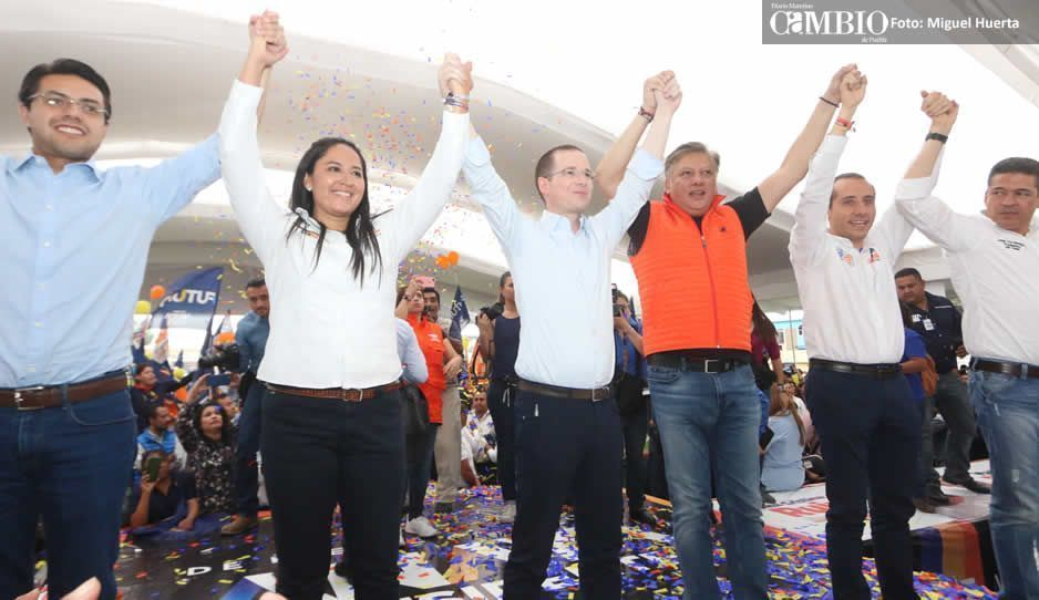 Ricardo Anaya llama a votar por Ana Cristina Ruiz en Cholula