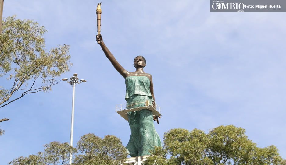Estatua de La Victoria en el Parque de Amalucan tendrá un mirador y un museo
