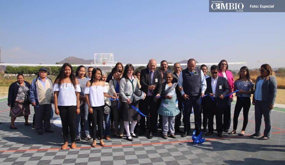 Inaugura edil José Luis Galeazzi remodelación del Cobaep Atlixco