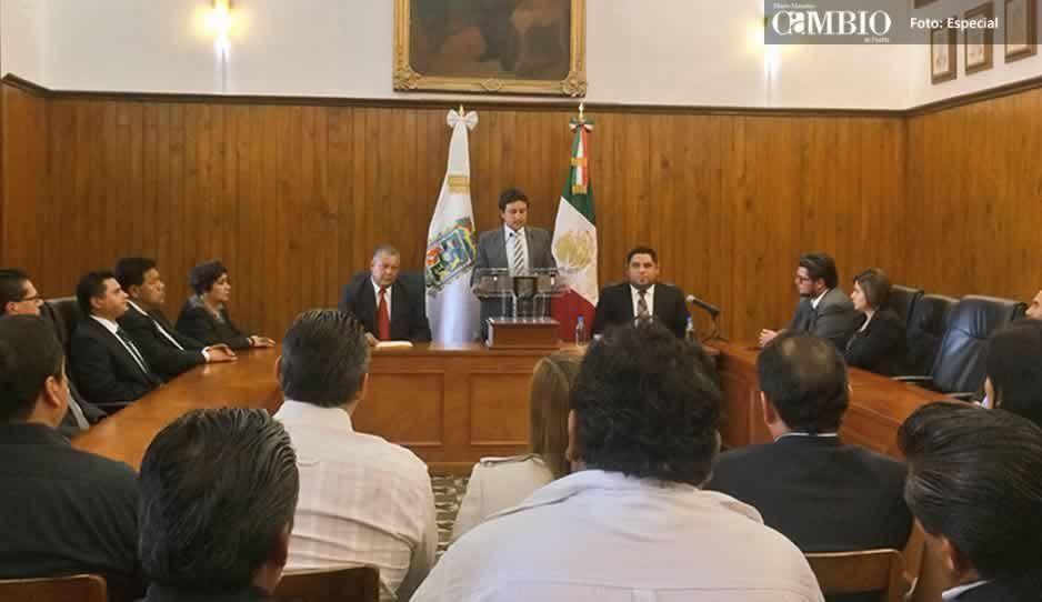 José Juan presume reducción de salario y eliminación de viáticos en su cuarto informe