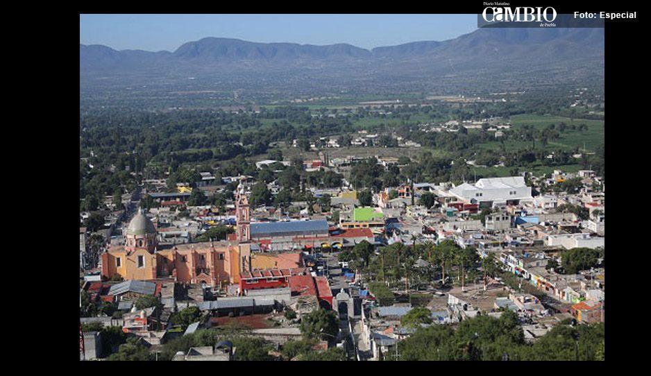 Hombres vestidos depayaso asaltan a conductor en Tlacotepec