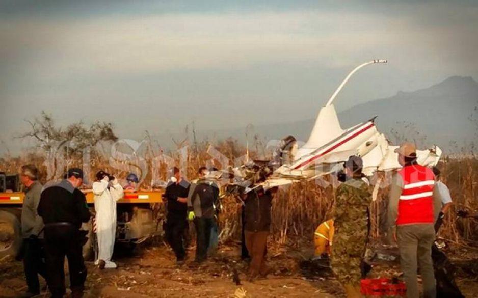 Retiran restos del helicóptero donde murieron Martha Erika y Moreno Valle