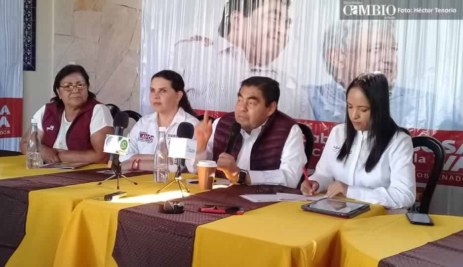 Falta de carácter de Rafael Núñez provocó la inseguridad en Texmelucan: Barbosa