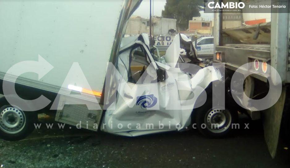 Cuatro lesionados por carambola en la autopista México-Puebla, dos de ellos quedaron prensados