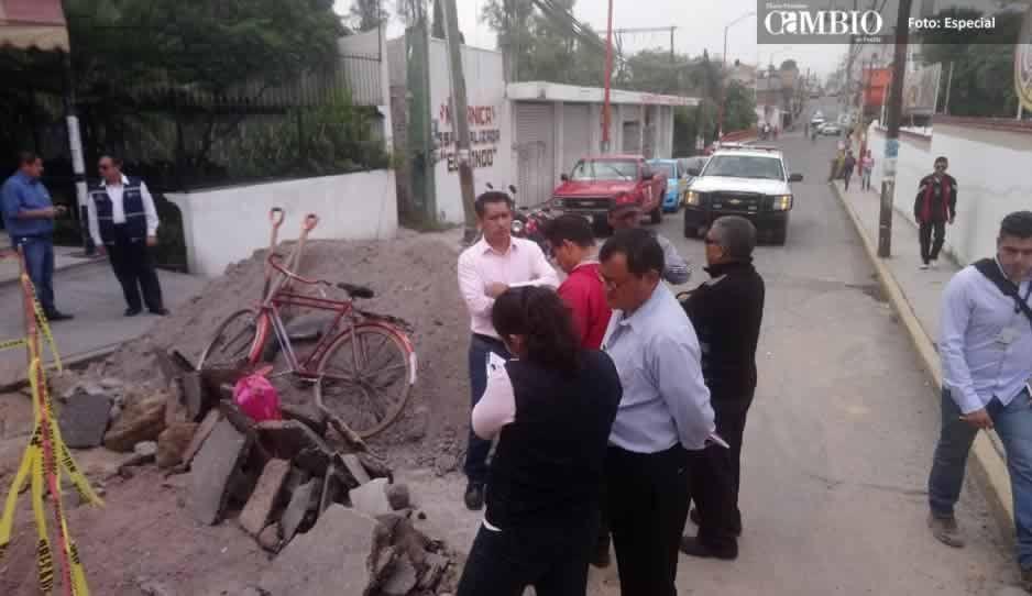 Socavones ponen en riesgo viviendas en Texmelucan