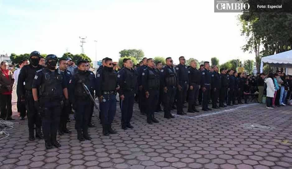 Dan de baja a 50 policías y agentes viales de Huejotzingo que no acreditaron exámenes